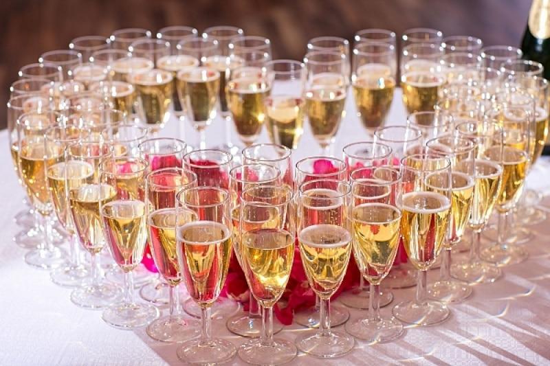 vin honneur mets